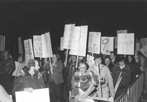 OPSEU members protesting