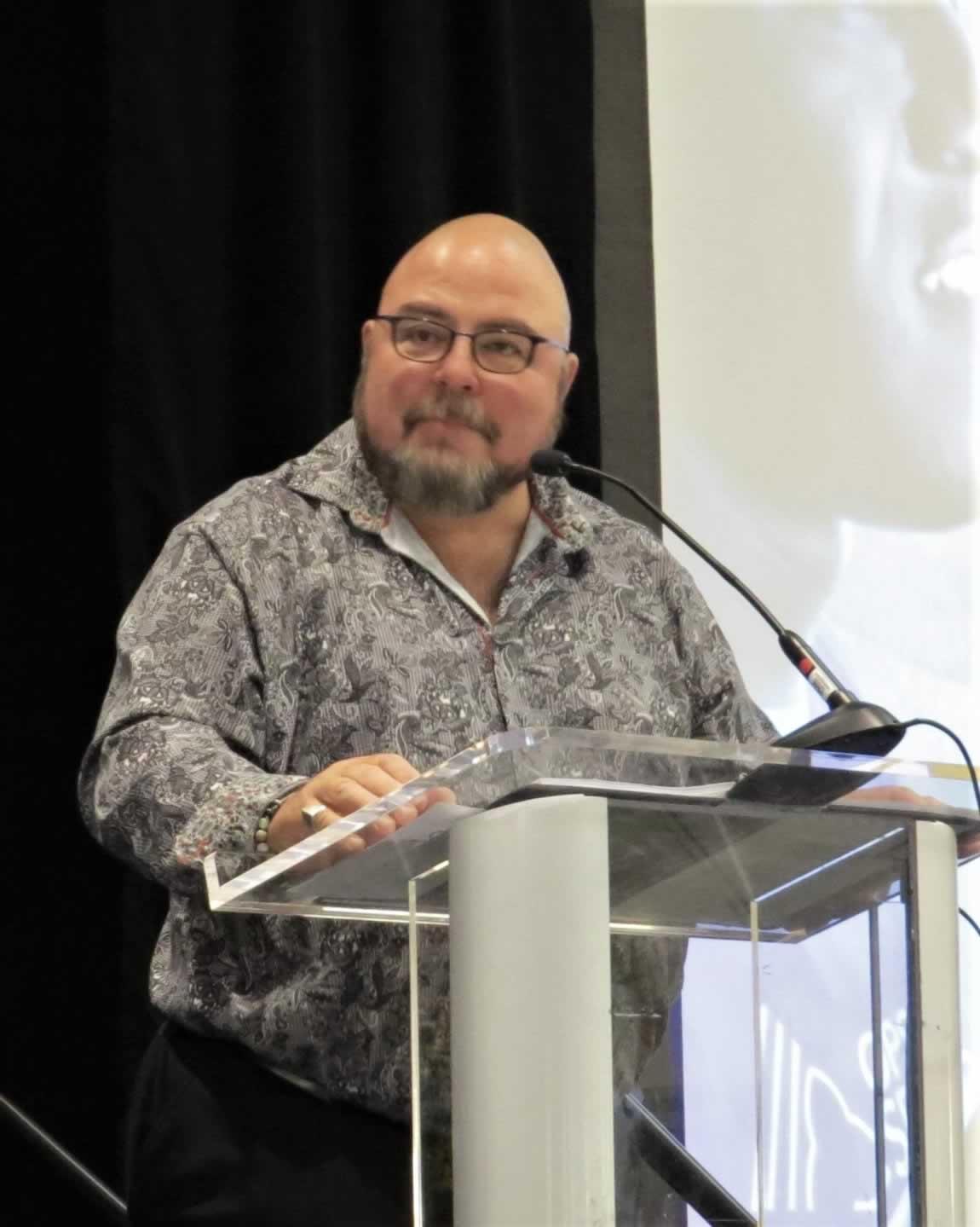 OPSEU First Vice-President/Treasurer Eduardo (Eddy) Almeida speaks at all president's meeting