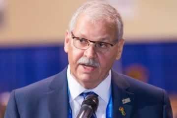 OPSEU/SEFPO President 'Smokey' Thomas speaking